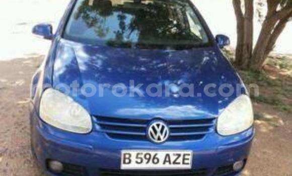 Buy Used Volkswagen Golf Blue Car in Broadhurst in Gaborone