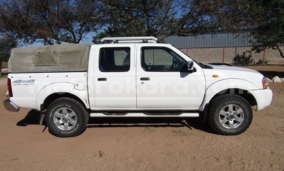 Buy Used Nissan Hardbody White Car in Broadhurst in Gaborone
