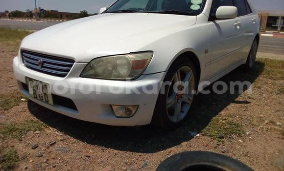 Buy Used Toyota Altezza White Car in Francistown in North-East