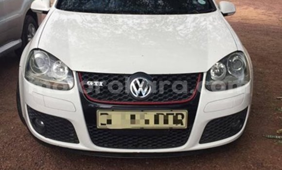 Buy Used Volkswagen Golf White Car in Gaborone in Gaborone