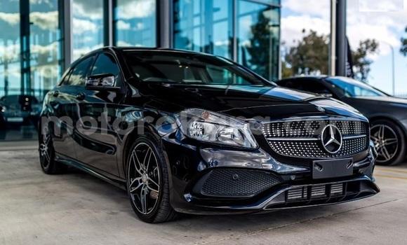Buy Used Mercedes‒Benz 200 Black Car in New Canada in Gaborone