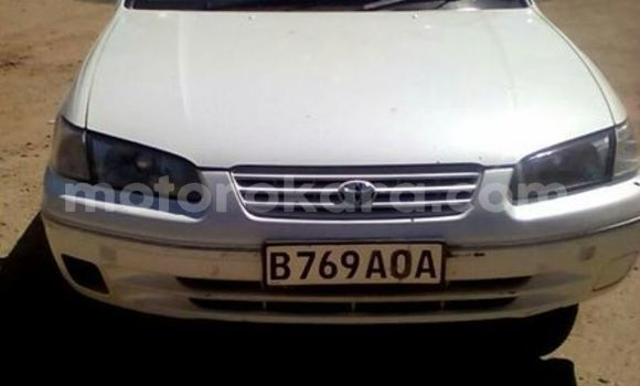 Buy Used Toyota Camry White Car in Broadhurst in Gaborone