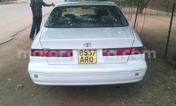 Buy Used Toyota Camry White Car in Kanye in Southern