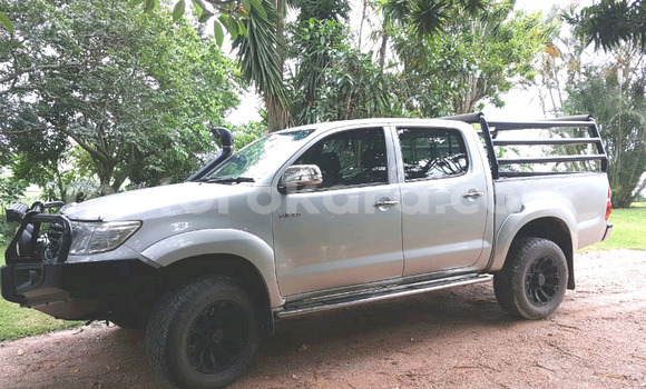 Buy Used Toyota Hilux Silver Car in Broadhurst in Gaborone