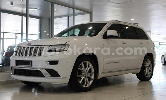Buy Used Jeep Grand Cherokee White Car in Gaborone in Gaborone