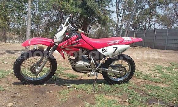 Acheter Occasion Moto Honda CRF 80 Rouge à Francistown au Nord-Est
