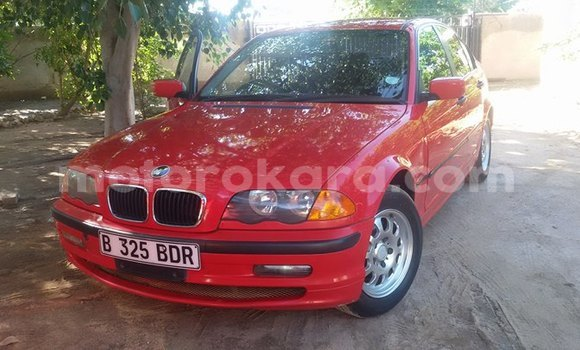 Buy Used BMW 3-Series Red Car in Maun in North-West