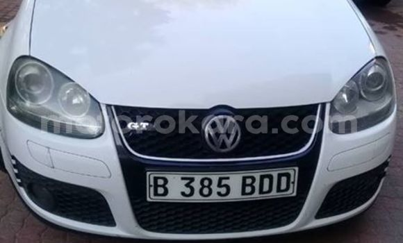 Buy Used Volkswagen Golf White Car in Gaborone in Gaborone