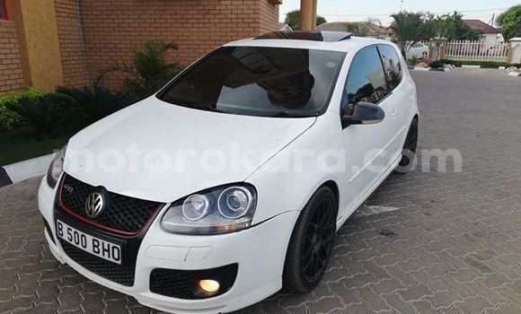 Buy Used Volkswagen Golf Country White Car in Gaborone in Gaborone