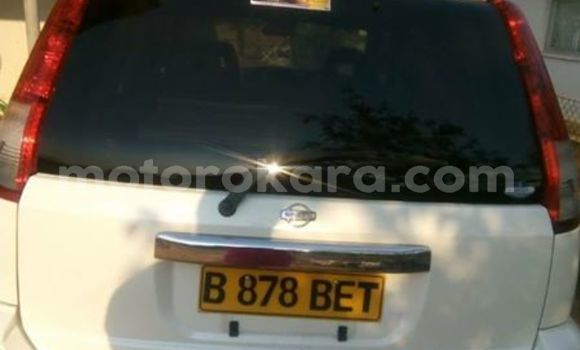 Buy Used Nissan X–Trail White Car in Gaborone in Gaborone