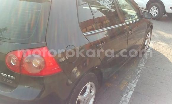 Buy Used Volkswagen Golf Black Car in Tlokweng in South-East