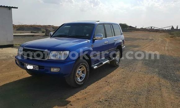 Buy Used Toyota Land Cruiser Prado Blue Car in Palapye in Central